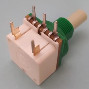 Horizontally mounted HR switch